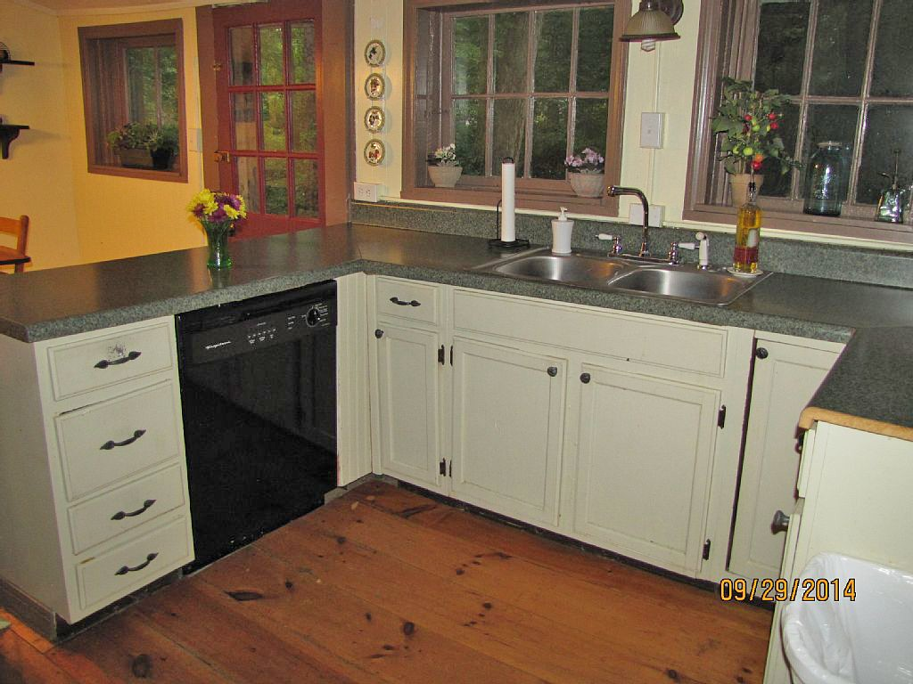 blue-ridge-mountains-vacation-rental-full-kitchen760x