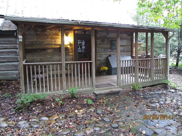 hendersonville-nc-mountain-cabin-vacation-rental-front760x